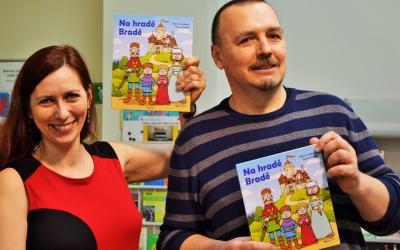 Klára Smolíková, Honza Smolík a komiksová knížka pro děti Na hradě Bradě