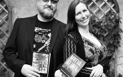 Spisovatelé Jiří W. Procházka a Klára Smolíková na fotografii Dagmar Hájkové
