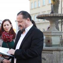 Táborský křest Mrtvé šelmy ve středu 15. 4. 2015, čtení na Klášteráku, fotil Josef Böhm