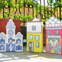 Hračky a masky z papíru - město