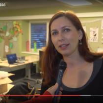 Spisovatelka Klára Smolíková při rozhovoru pro semilskou televizi